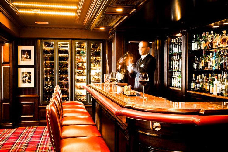 Sydney's Club Bar & Restaurant