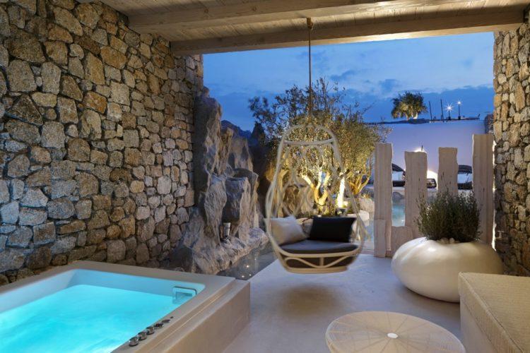 hotel-kensho-cozy-terrace